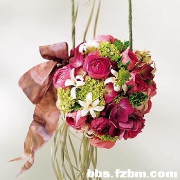婚车扎花,手腕花,胸花以及手捧花搭配法则